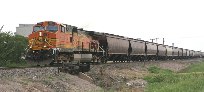 Farmers and shippers are expecting a record grain crop in 2014 and have voiced concern over the ability of North American railroads to handle additional volumes. BNSF Railway (above) and Canadian Pacific have recently reported a backlog of cars available to meet shipping requests. - Cowcatcher Magazine