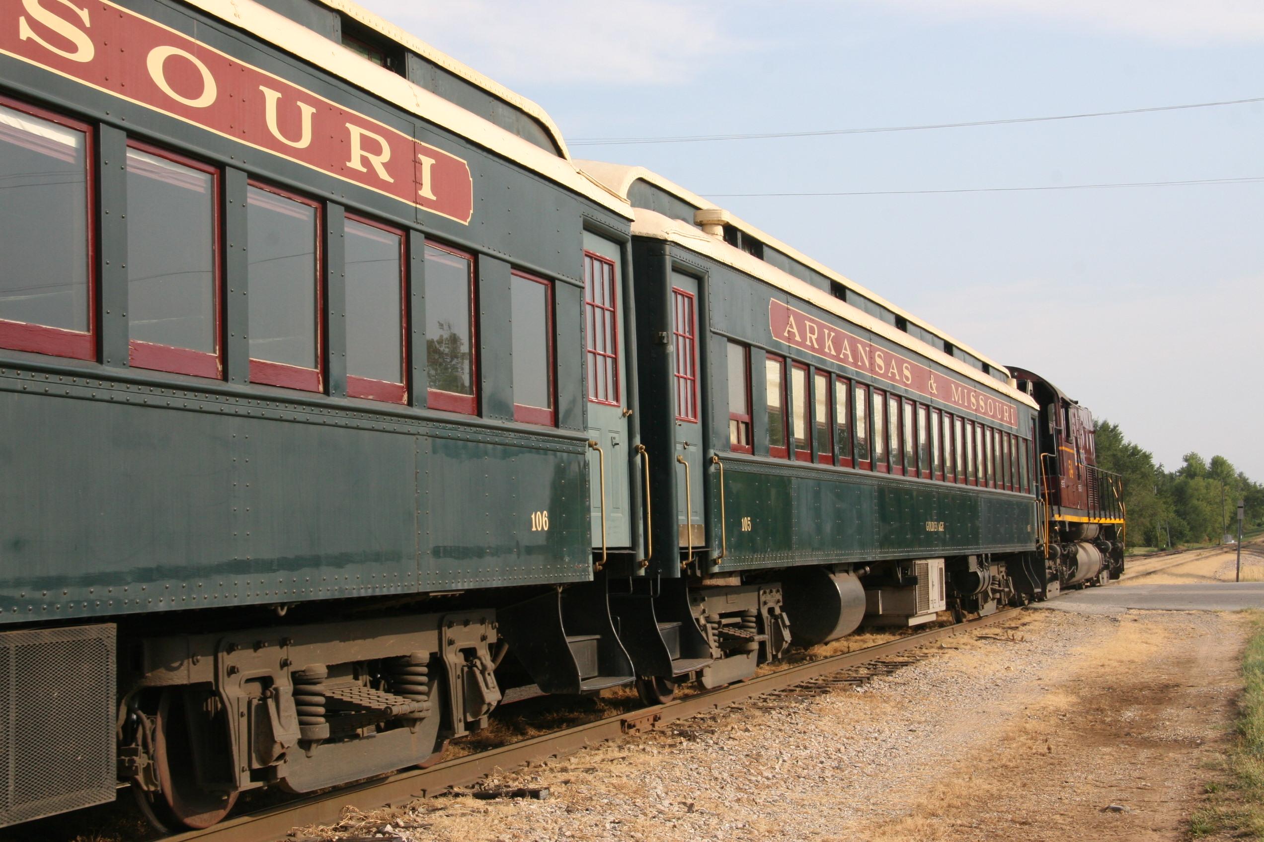 Cowcatcher Magazine All About The Community Of Model Railroading Wiring Ho Track Car Arkansas Missouri Railroads Fall Foliage Express Was A Close Second To Durango